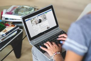 Make Money by Sharing Your Products and Services on Facebook
